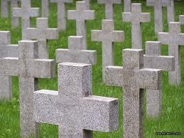 la noche en el cementerio
